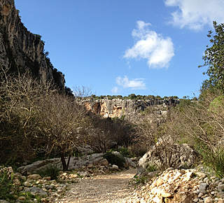The canyon of Cava d'Ispica Hotel