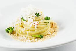 Linguine con i Broccoli e Cacio Ricotta