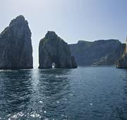 Os Faraglioni de Capri