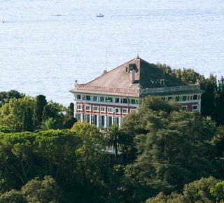 Villa Durazzo, a jump back in 1600 Hotel