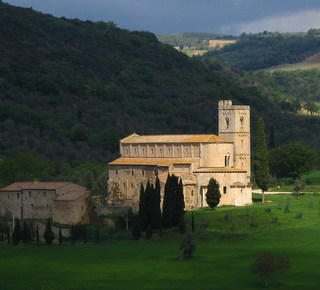 St Antimo and Monte Oliveto Abbeys Hotel