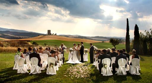 Matrimonio In Una Serra Toscana : Matrimonio in toscana experience by italytraveller