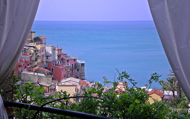La torretta manarola and 22 handpicked hotels in the area for Boutique hotel genova