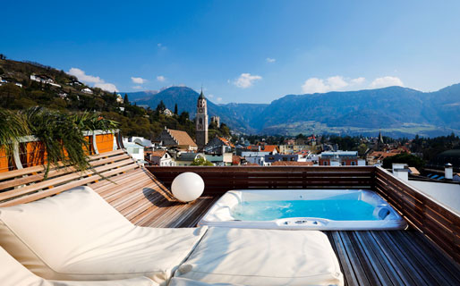 Merano hotels images italy photo gallery for Design hotel alto adige