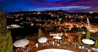 Castello Chiola Loreto Aprutino Isola del Gran Sasso hotels