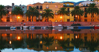 Corte Fiorita Bosa Hotel