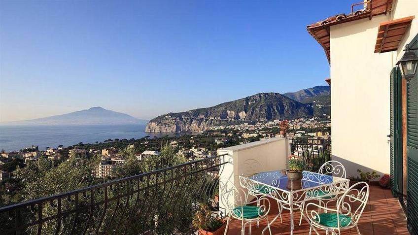 M Suites Sorrento Holiday Homes Sorrento