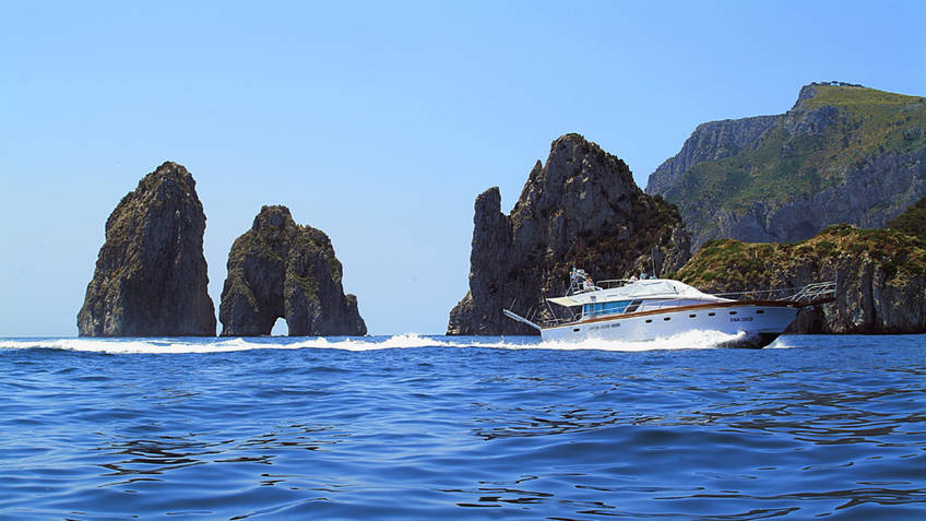 Capri Yacht Charter Excursions by sea Capri