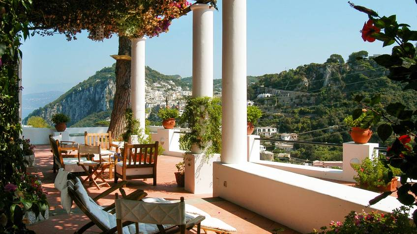 Due Golfi House rental Capri