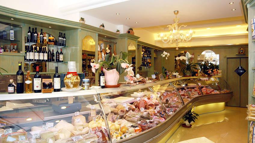 Da Michele Butcher shop Local products Capri