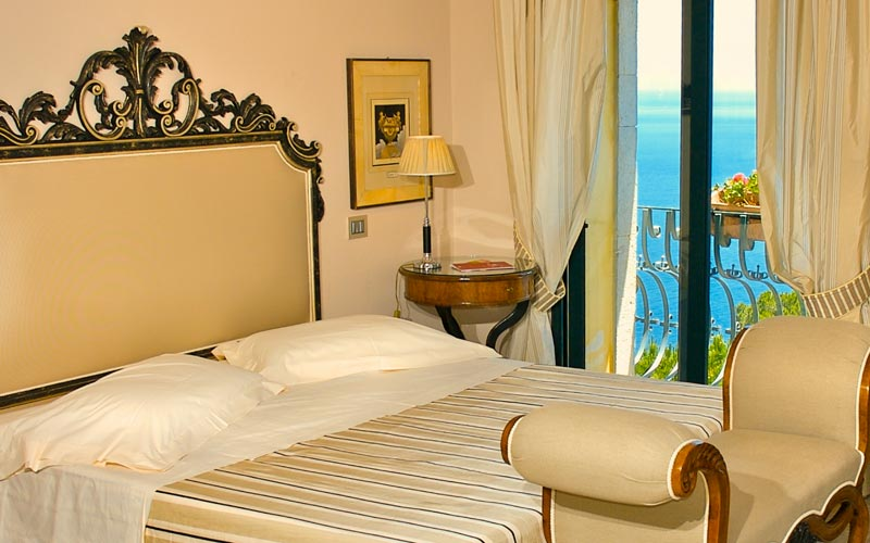 Hotel villa carlotta hotel taormina for Hotel villa taormina